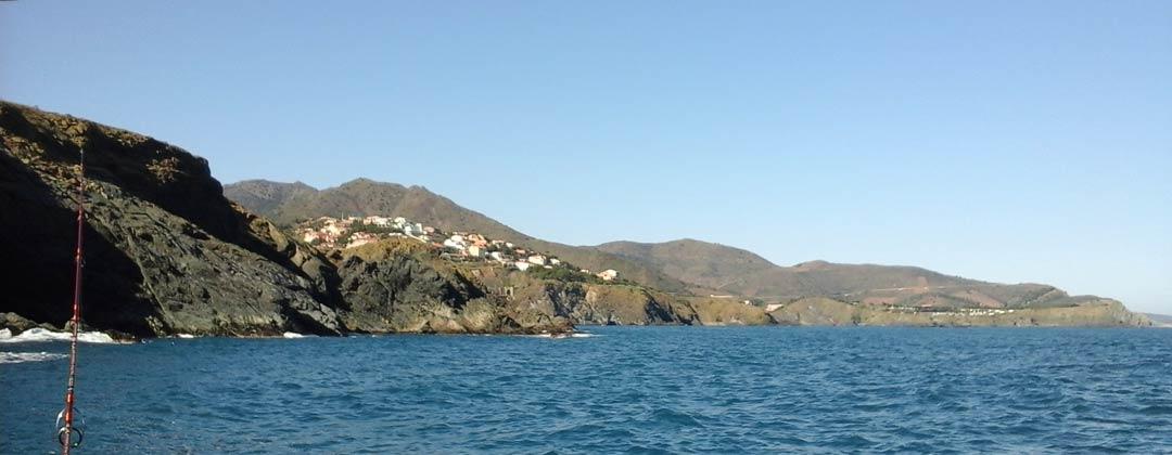 Découvertes, initiations et formations à la pêche en mer en bateau sur la côte Catalane du Roussillon.